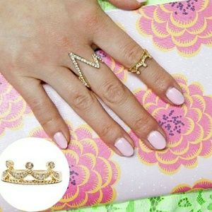 T&J Designs Jewelry - 18k Gold Princess midi ring